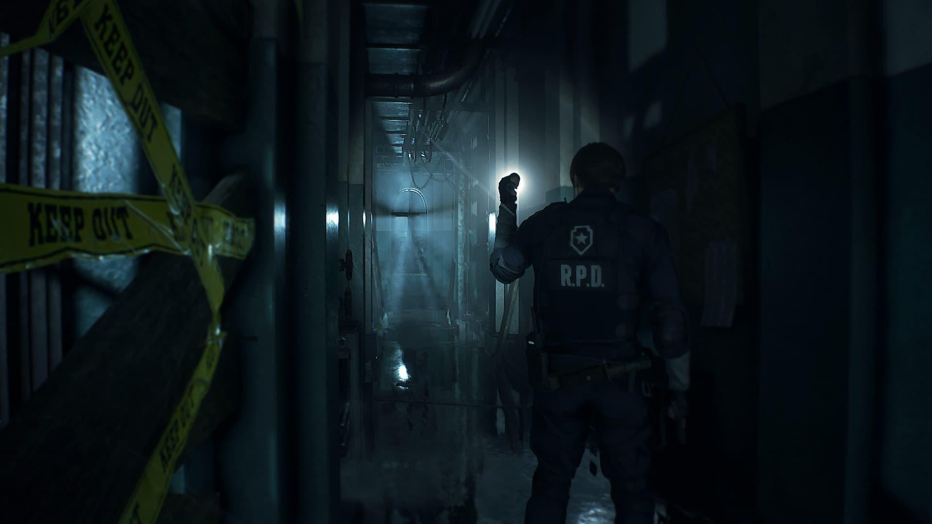 Leon em um corredor